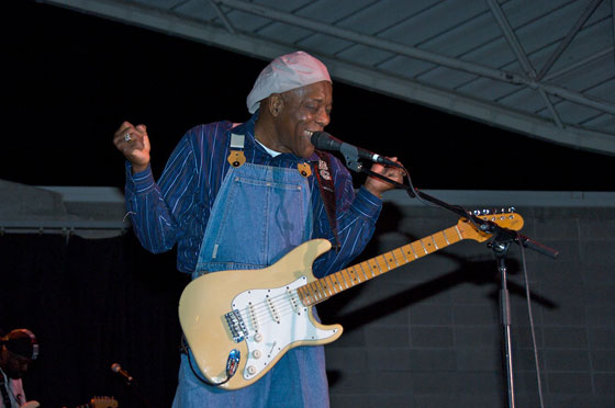 Buddy-Guy-2008-08-301-of-1