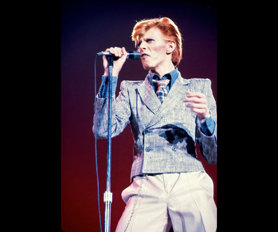 David-Bowie-82012-11-178-of