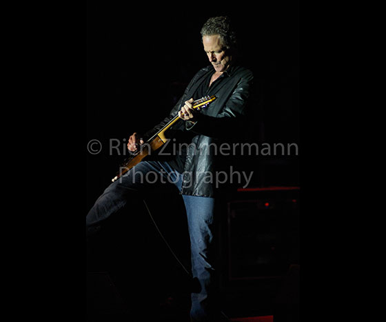 Lindsey Buckingham 2007 102007 06 3010 of 29