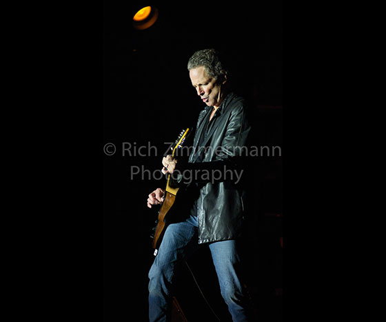 Lindsey Buckingham 2007 122007 06 3012 of 29