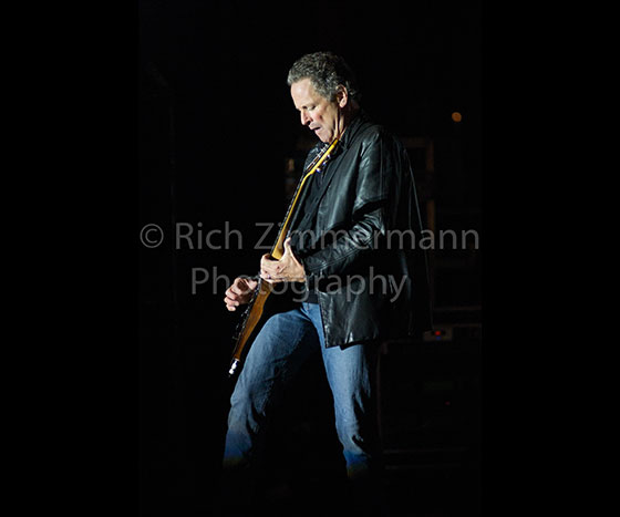 Lindsey Buckingham 2007 142007 06 3014 of 29