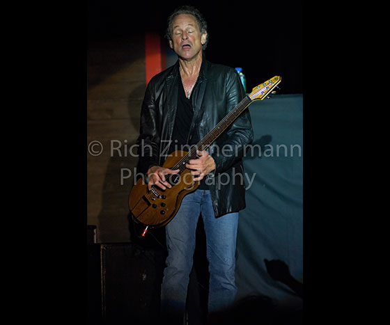 Lindsey Buckingham 2007 232007 06 3023 of 29