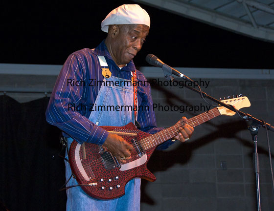 Buddy Guy 2008 13a