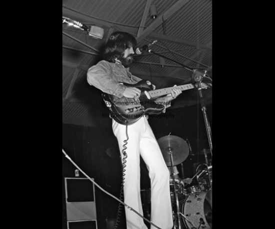 Clarence White with the Byrds 1972